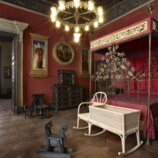 https://www.pasqualeformisano.com/wp-content/uploads/2016/11/Museo_Bagatti_Valsecchi_11-540x540.jpg